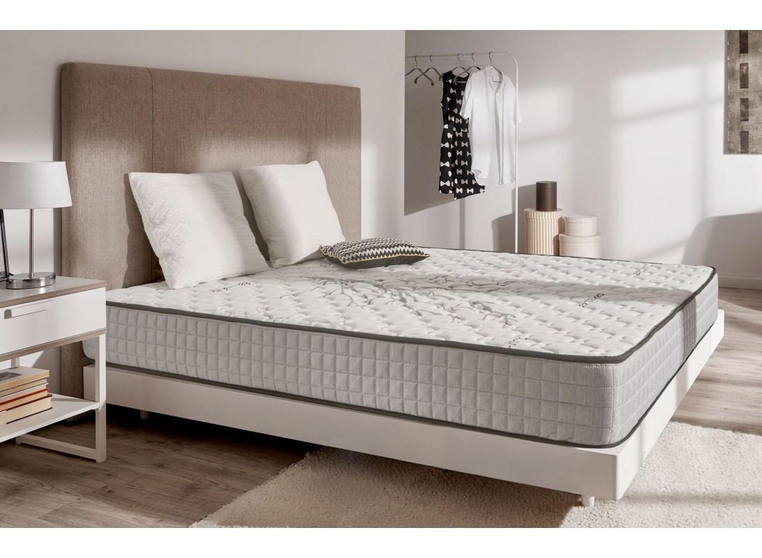 matelas tranquility m moire de forme et coutil aux fibres de carbone. Black Bedroom Furniture Sets. Home Design Ideas