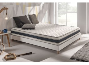Colchón Confort con espumación Blue Latex® y espuma de efecto memoria Aquapur®.