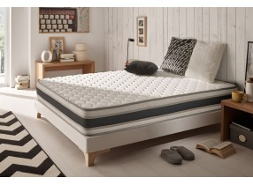 Comfy mattress with latex-based foam