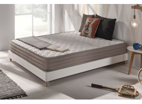 Latex-based Aeromax mattress