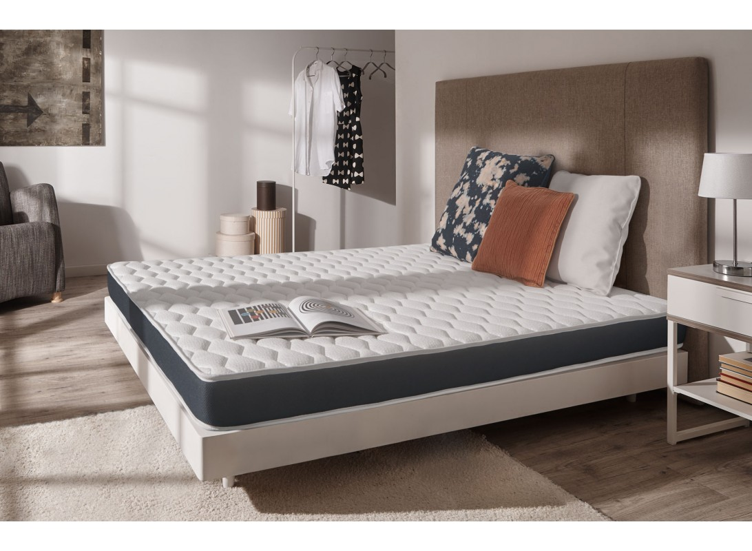 matelas ergopur 100 mousse blue latex. Black Bedroom Furniture Sets. Home Design Ideas