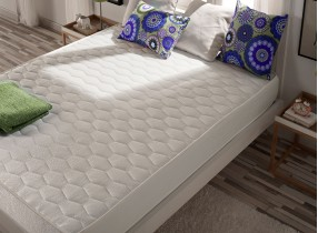 Optivisco memory foam mattress with Thermosoft®