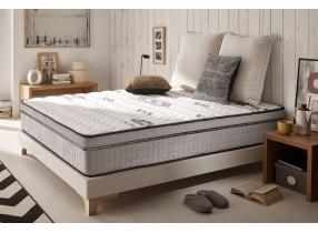 Carbone Plus memory foam mattress with carbone fibers in its cover